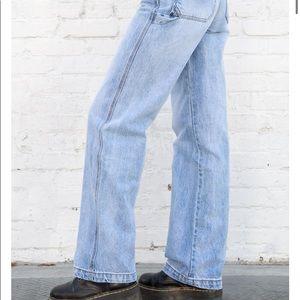 Brandy Melville New Light Wash Feanne Jeans